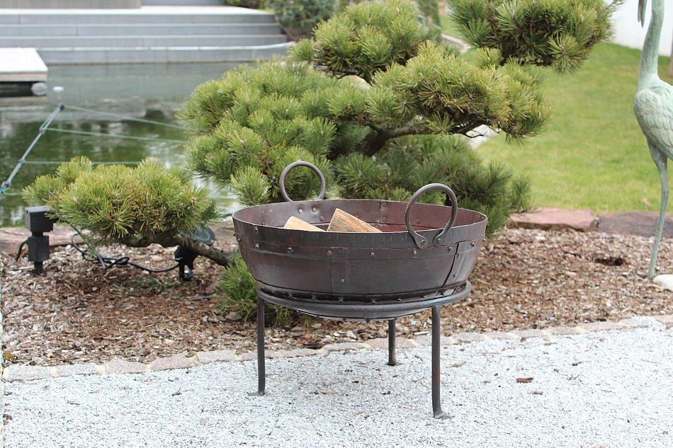 CALEIDO Feuerschale Punjab mit St/änder Eisen Schwarzbraun gewachst /Ø 50 cm