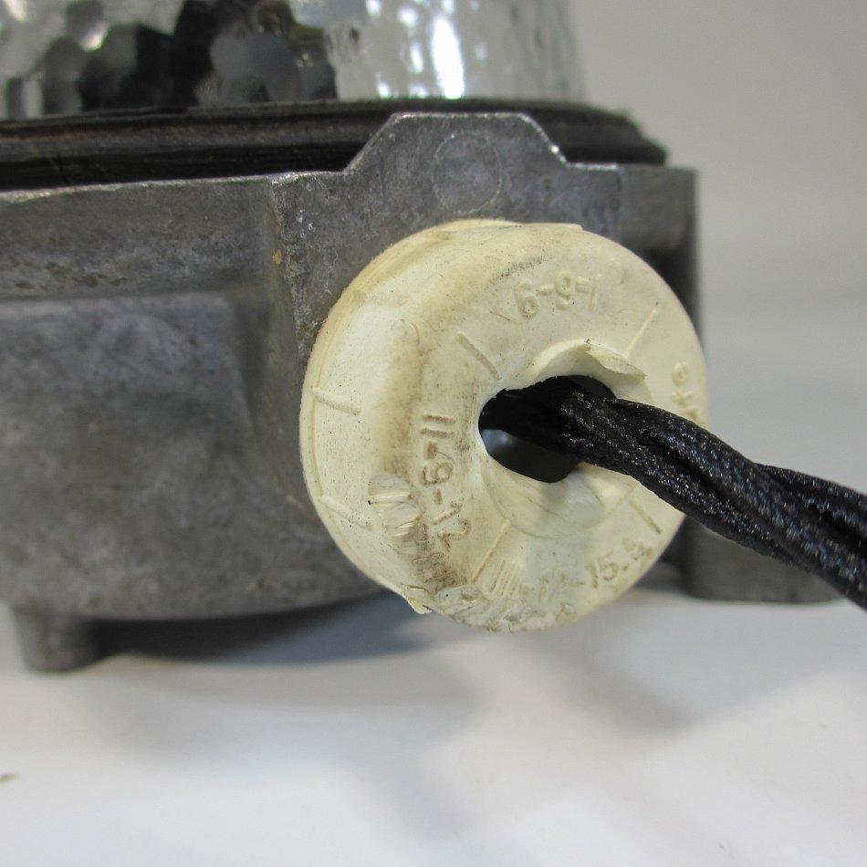 Antik bunkerlampe alte werkstattlampe bergwerklampe aluminium industrie design ebay - Wandlampe industriedesign ...