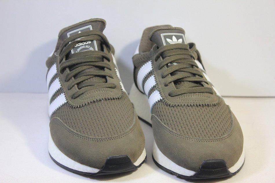 Pin von Janel Mastrili auf Shoes | Schuhe damen sneaker